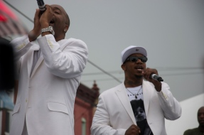 112 performs at a block party in Point Breeze.
